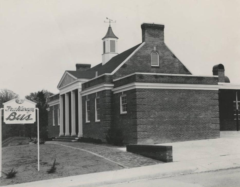 Chapel Hill Bus Station 1946